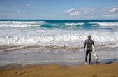 Surfer in zarautz, spanien — Stockfoto