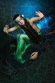 Vacker sjöjungfru flicka — Stockfoto