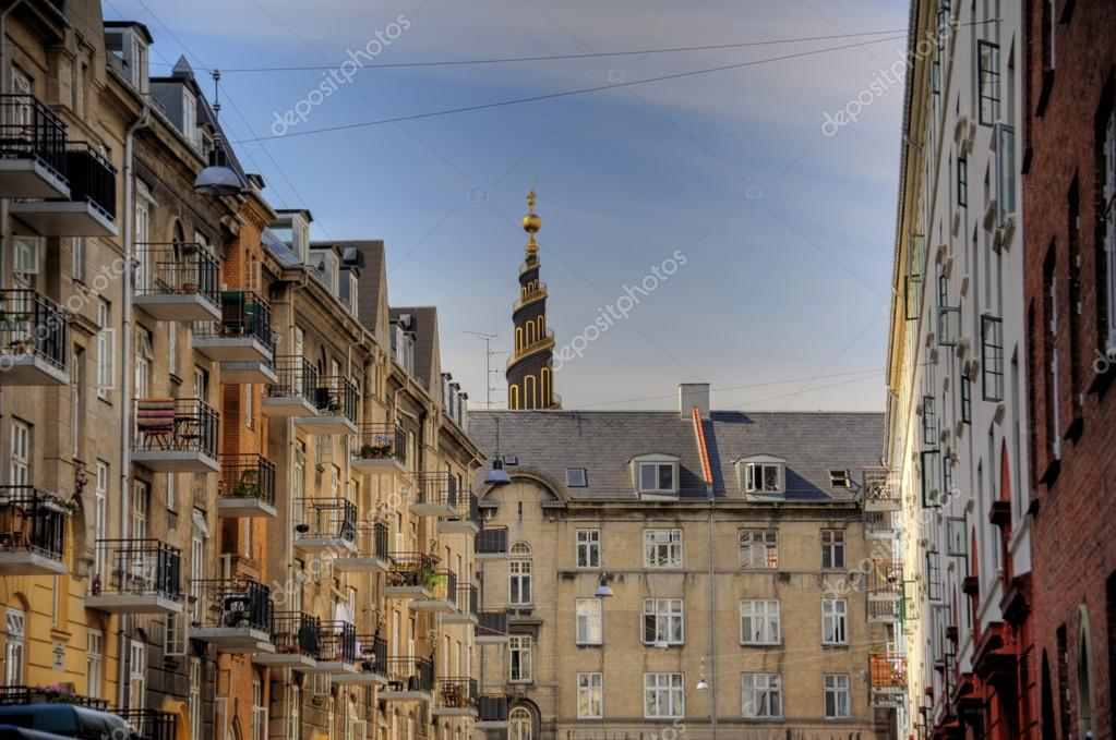 Scene in the old town of Copenhagen — Stock Photo #13514199