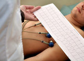 Patient makes ECG — Stock Photo
