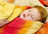 A small child sleeps — Stock Photo