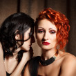 Two attractive women — Stockfoto