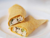 Tortilla wraps with chicken and pickles — Stock Photo