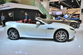 FRANKFURT - SEPT 14: Aston Martin V8 Vantage Roadster presented — Stockfoto
