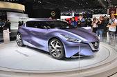 FRANKFURT - SEPT 14: Nissan Friend-ME Concept presented as world — Stock Photo