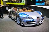 FRANKFURT - SEPT 14: Bugatti Veyron Grand Sport LOr Blanc presen — Stock Photo