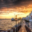 Beautiful sunset in the sea shore of a Mediterranean sea, Venice — Stock Photo