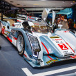 图库照片: FRANKFURT - SEPT 21: Audi R18 e-tron quattro 01 presented as wor