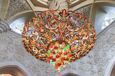 Chandelier inside Sheikh Zayed Grand Mosque — Stock Photo