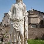 ROME, MARCH - 23: Ancient statue from Atrium Vestae in Forum Romanum, March 23, 2012 in Rome, Italy — Stock Photo