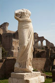 ROME, MARCH - 23: Ancient statue from Atrium Vestae in Forum Romanum, March 23, 2012 in Rome, Italy — Stock Photo