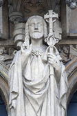 BRUSSELS - JUNE 21 :Jesus Christ statue from south portal of gothic church Notre Dame du Sablon on June 21, 2012 in Brussels. — 图库照片