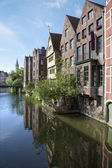 Ghent - canal and typical brick houses in morning light — Stockfoto