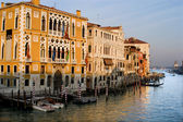 венеция - канал гранде в вечерний свет — Стоковое фото