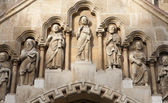 BUDAPEST - SEPTEMBER 22: Detail of west portal from gothic Church of Jak by Vajdahunyad castle on September 22, 2012 in Budapest. — Foto Stock