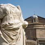 Rome - statue from Atrium Vestae - Forum romanum — Stock Photo