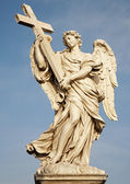 Rome - Statue of angel with the Cross — Stock Photo