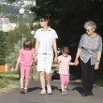 Generacions walking — Stock Photo