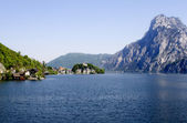 Austria - Traunsee und st. John chapel — Stock Photo