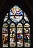 Window-pane from gothic church in Paris - st. severin church — Photo