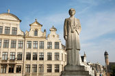 Brussels - The Queen Elisabeth statue — Foto de Stock