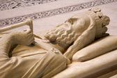 Paris - Tomb of king Clovis I, from Saint Denis gothic cathedral — Stock Photo