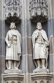 KOSICE - JANUARY 3: Kings from north portal of Saint Elizabeth gothic cathedral on January 3, 2013 in Kosice, Slovakia. — Stock Photo