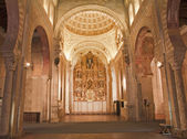 TOLEDO - MARCH 8: Nave and altar of San Roman church has a steeple built in the mudejar architectural style in the 13th cent. on March 8, 2013 in Toledo, Spain. — Stock Photo