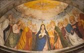 Verona - 27 de janeiro: abside miniscalchi capela na igreja do santo anastasia do ano 1506 projetado por angelo di giovanni com a cena principal do pentecostes em 27 de janeiro de 2013 em verona, itália. — Foto Stock