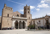 Palermo - Monreale cathedral is dedicated to the Assumption of the Virgin Mary and is one of the greatest extant examples of Norman architecture in the world. Cathedral was completed about 1200. — Stock Photo