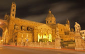 Palermo - South portal of Cathedral or Duomo at night — Stock Photo