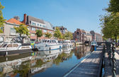 Mechelen - Canal and yachst in morning light — Stock Photo