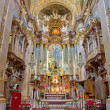 ������, ������: VIENNA JULY 3: Presbytery and main altar of baroque st Peter church or Peterskirche by Antonio Galli da Bibiena und Martino Altomonte altar paint on July 3 2013 Vienna