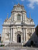 LEUVEN, BELGIUM - SEPTEMBER 3: Baroque facade of St. Michaels church (Michelskerk) in September 3, 2013 in Leuven, Belgium. — Stock Photo