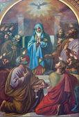 Viena - 27 de julho: fresco da cena pentecostes de 19 cent. por carl mayer em altlerchenfelder igreja em 27 de julho de 2013 em viena. — Foto Stock