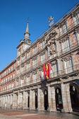 Madryt - fasady casa de la panderia od placu plaza mayor w świetle poranka w 9 marca 2013 roku w hiszpanii. — Zdjęcie stockowe