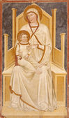 VERONA - JANUARY 27: Fresco of Madonna with the child from 13. - 14. cent. in basilica San Zeno in January 27, 2013 in Verona, Italy. — Stock fotografie