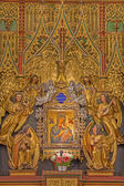 VIENNA, AUSTRIA - JULY 3, 2013: Part of new gothic wooden polychrome side altar with Madonna icon in gothic church Maria am Gestade. — Stock Photo