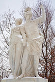 VIENNA - JANUARY 15: Statue of Brutus and Lucretia from gardens of Schonbrunn palace in winter. Statues was generally made between 1773 and 1780 on January 15, 2013 in Vienna. — Stock Photo