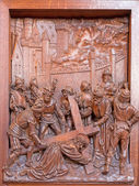 ANTWERP, BELGIUM 5: Fall of Jesus under cross. Carved relief in St. Pauls church (Paulskerk) on September 5, 2013 in Antwerp, Belgium — Stock Photo