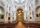 MADRID - MARCH 10: Nave of church San Isidoro on March 10, 2013 in Madrid. — Stock Photo