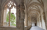 TOLEDO - MARCH 8: Gothic atrium of Monasterio San Juan de los Reyes or Monastery of Saint John of the Kings on March 8, 2013 in Toledo, Spain. — Stock Photo