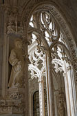 TOLEDO - MARCH 8: Gothic atrium of Monasterio San Juan de los Reyes or Monastery of Saint John of the Kings on March 8, 2013 in Toledo, Spain. — 图库照片