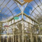 MADRID, SPAIN - MARCH 9, 2013: Palacio de Cristal or Crystal Palace in Buen Retiro park. — Stock Photo #39725003