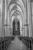 VIENNA - JULY 3: Nave of Augustinerkirche or Augustinus chuch on July 3, 2013 Vienna. — Stockfoto