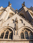 Leuven - Peters gothic cathedral from south-east in September 3, 2013 in Leuven, Belgium. — Stockfoto