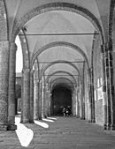 Milan - atrium of San Ambrogio - Ambrosius church — Stock Photo