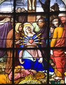 Fönsterrutan från paris - nåder av heliga Maria — Stockfoto
