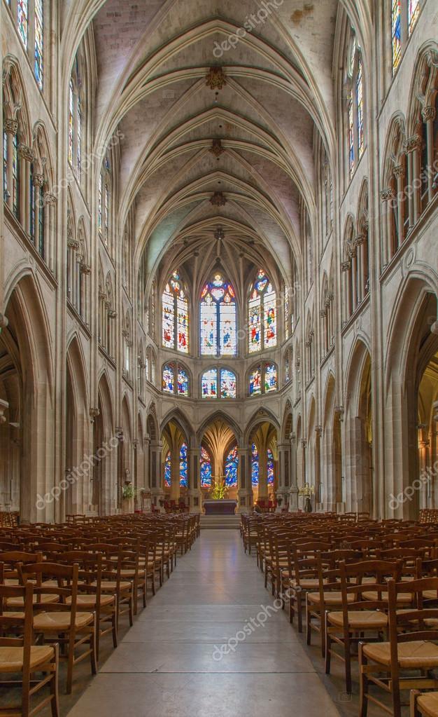 Paris france 17 juin 2011 int rieur de saint s verin for Interieur frans