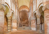 BOLOGNA, ITALY - MARCH 16, 2014: Romanic church in st. Stephen or Santo Stefano churches complex. — 图库照片